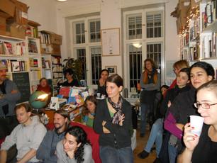 Presentación de Fricciones en la librería La Rayuela (Berlín, 9/12/2011)