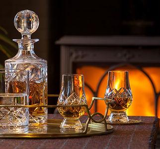 Lounge_Whisky-Fire_9650_WEB_Small.jpg