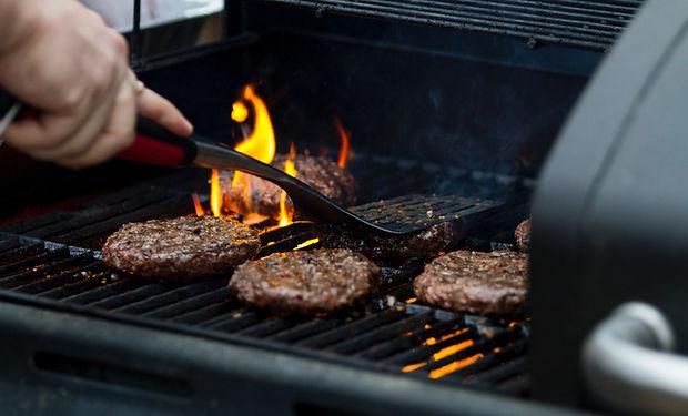 Hamburger in Grill