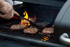 Hamburgers in Grill