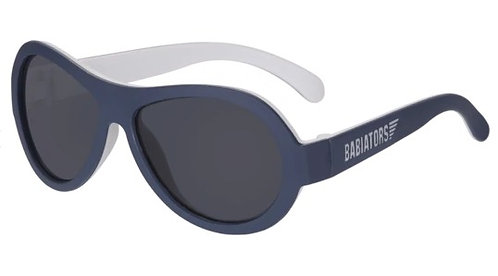 Nautical Navy Aviator Two Tone saulesbrilles (tumši zils/balts)