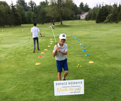 Participant au Camp de golf pour Juniors.