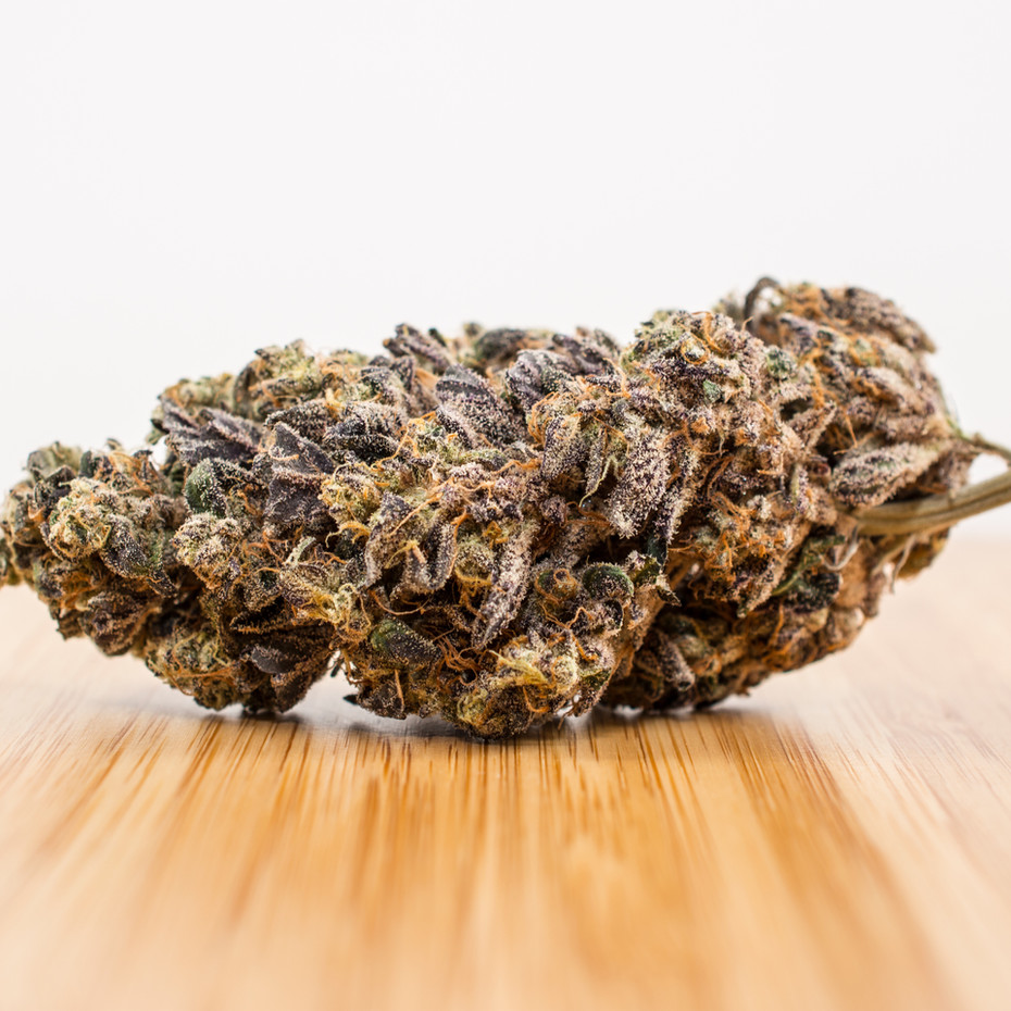 cannabis_wood2_smaller.jpg