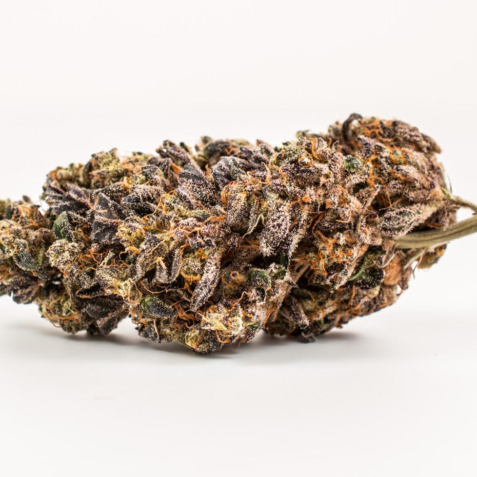 cannabis_smaller_plain_cm.jpg