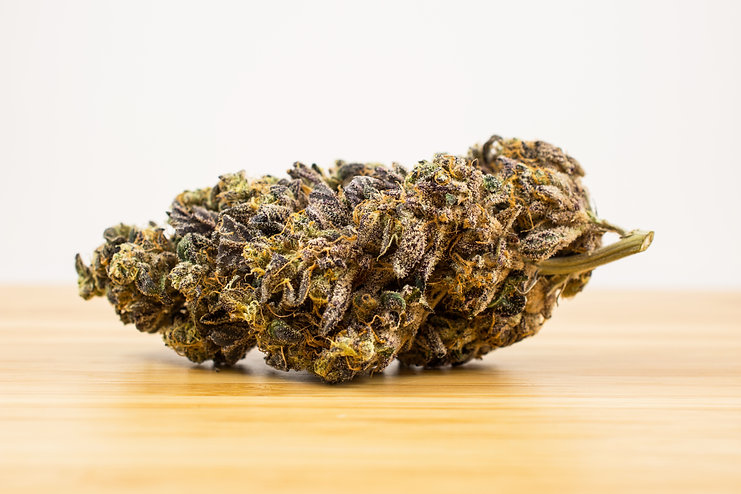 Cannabis_web_wood_smaller.jpg