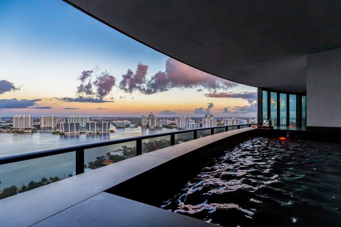 56-Balcony_Pool_3003.jpg
