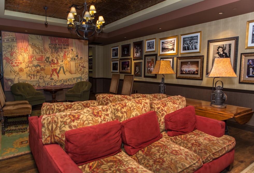 Grand-Ole-Opry-Green-Room.jpg