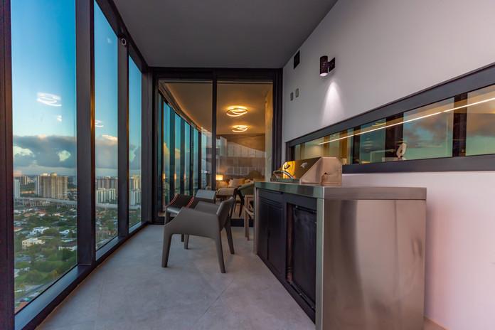 51-Balcony_Grill_3003.jpg
