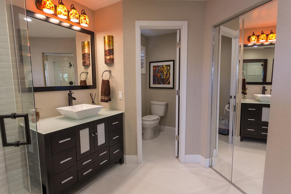 20-Master-Bathroom-502.jpg