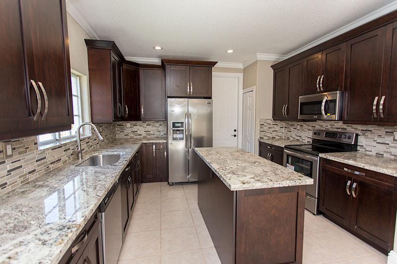 16101-Kitchen-002.jpg