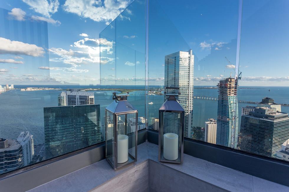 28-Rooftop-E-View-SLS.jpg