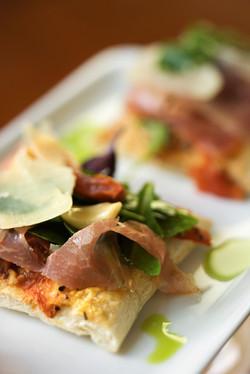 DM Cuisine Prosciutto Bruschetta