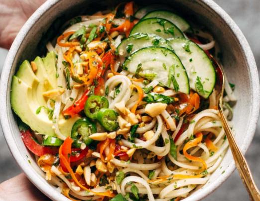 Rice Noodle Veggie Bowl w Garlic Lime Sauce
