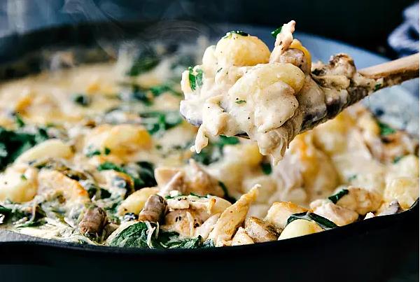 Creamy Chicken and Spinach Gnocchi