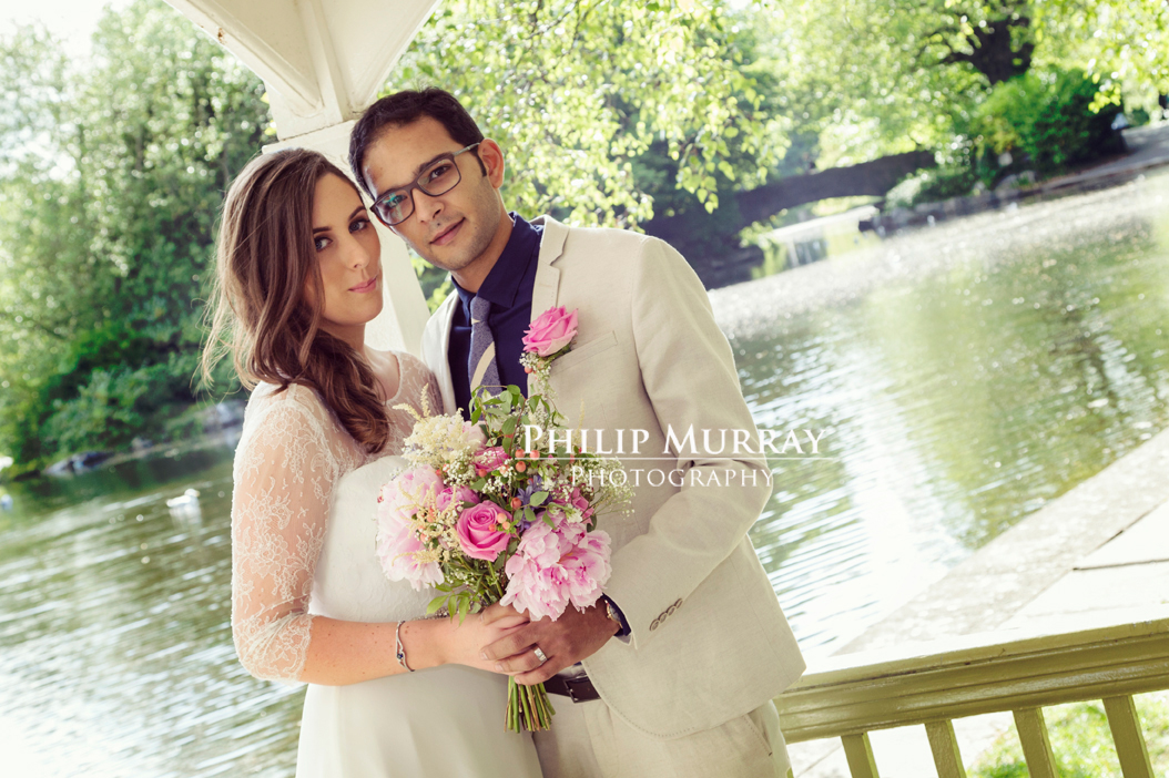 Wedding_N&A_Couple_Water_Bridge_Stephens_Green_Philip_Murray_Photography_Dublin