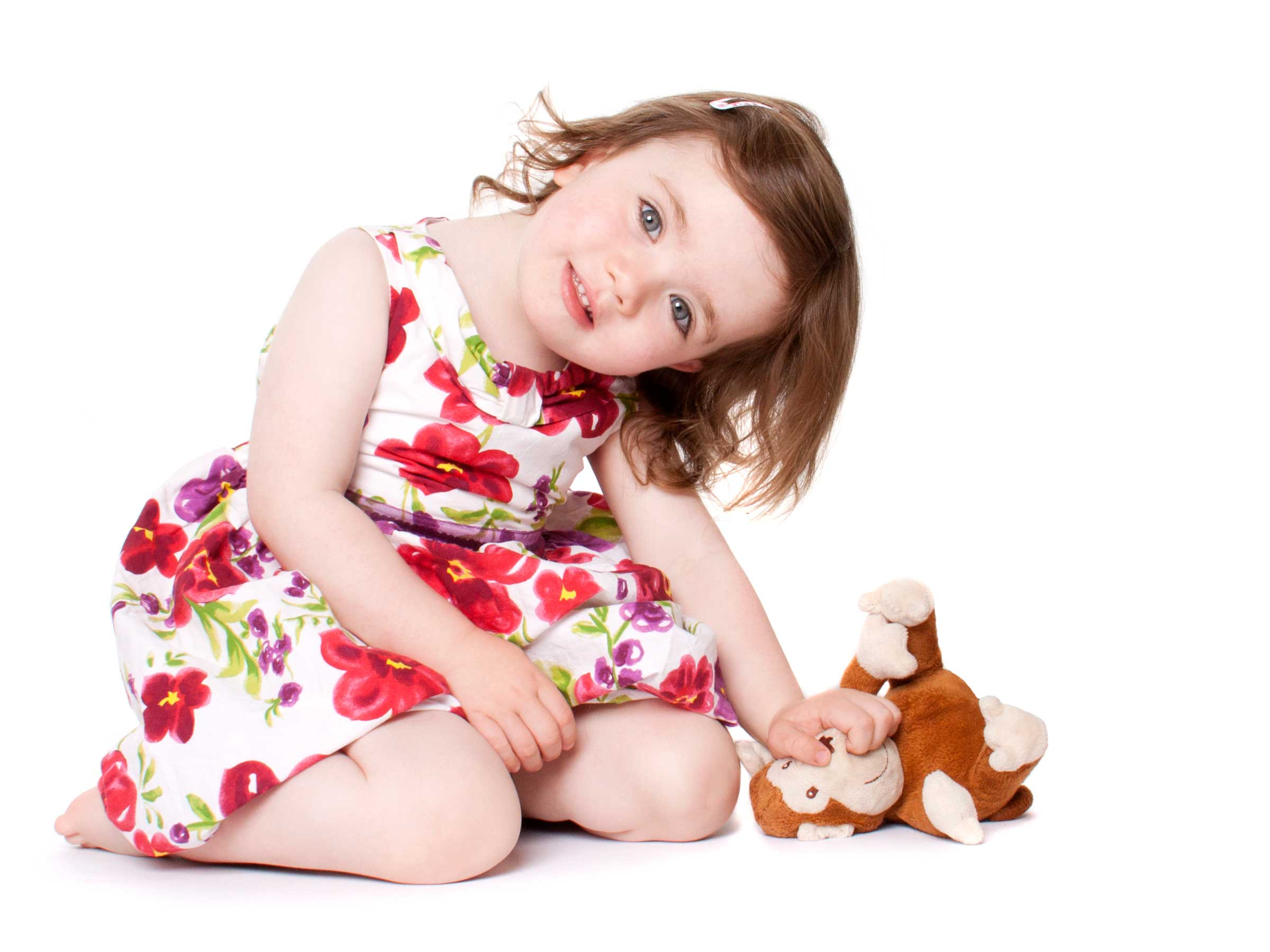 14-Home-Shoot-Toddler-Dress-Sitting-Monkey-Teddy-Colour-Philip-Murray-Photography-Dublin