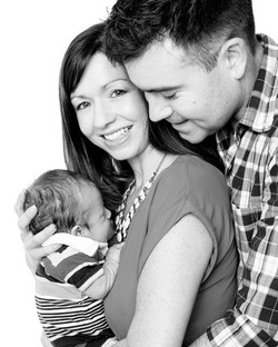09-Home-Shoot-Couple-Baby-Black-White-Philip-Murray-Photography-Dublin