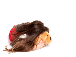 28-Home-Shoot-Toddler-Lying-Down-Teddy-Long-Hair-Colour-Philip-Murray-Photography-Dublin