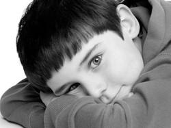 13-Home-Shoot-Boy-Lying-down-Black-And-White-Philip-Murray-Photography-Dublin