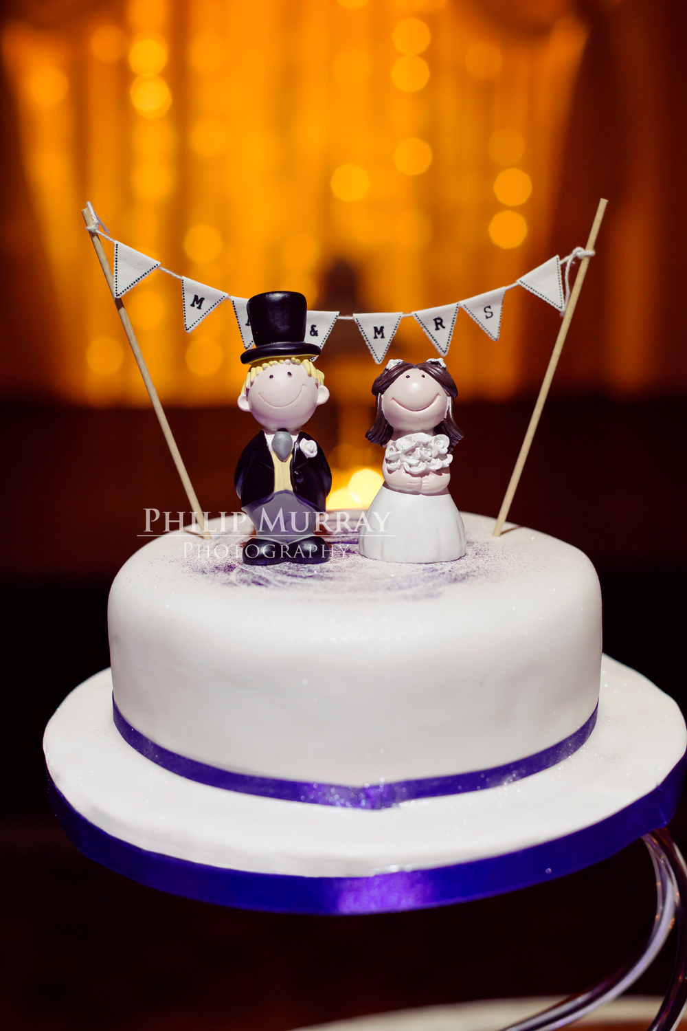 Wedding_E&J_Bride_Groom_Cake_Toppers_Philip_Murray_Photography_Dublin
