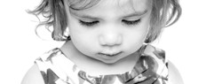 23-Home-Shoot-Toddler-Face-Close-up-Black-And-White-Philip-Murray-Photography-Dublin