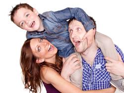 01A-Home-Shoot-Family-Boy-On-Shoulders-Colour-Philip-Murray-Photography-Dublin