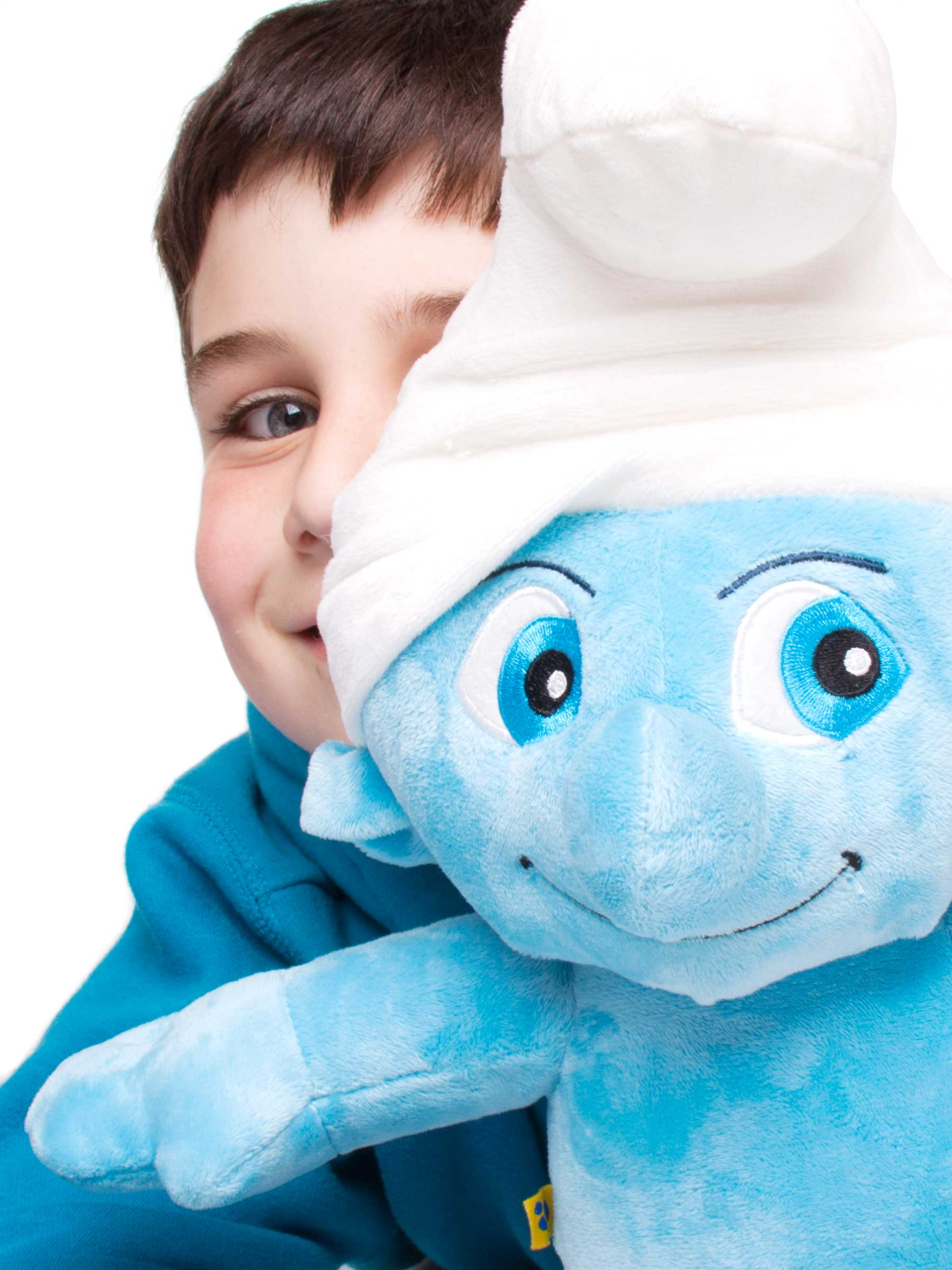 24-Home-Shoot-Boy-Smurf-Teddy-Colour-Philip-Murray-Photography-Dublin