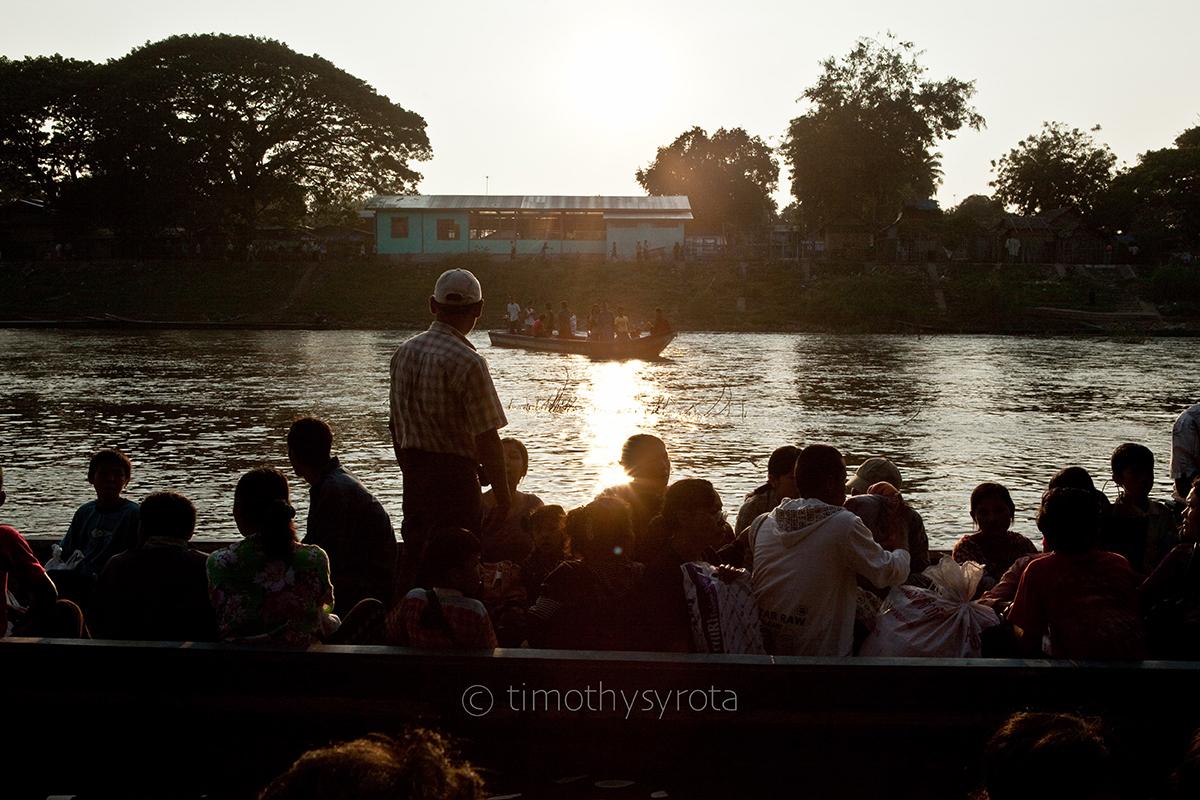 Fleeing Myawaddy-67