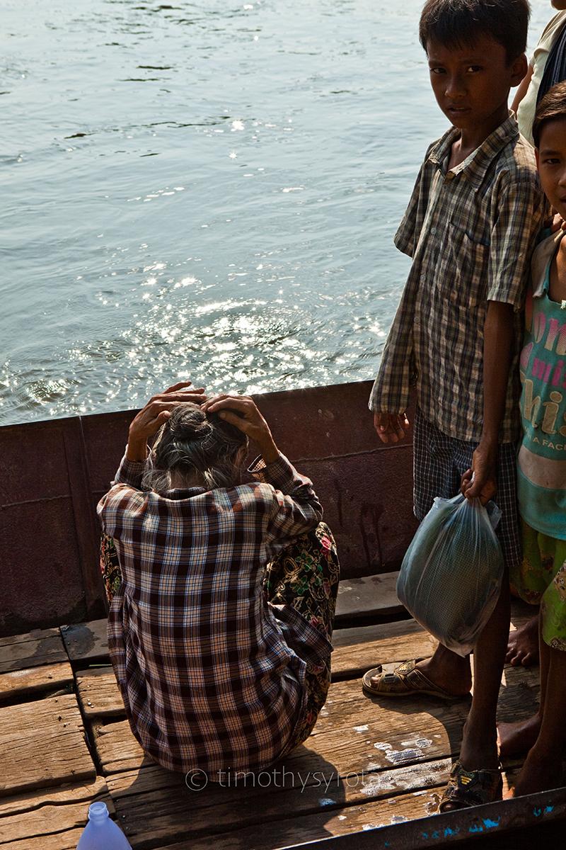 Fleeing Myawaddy-54