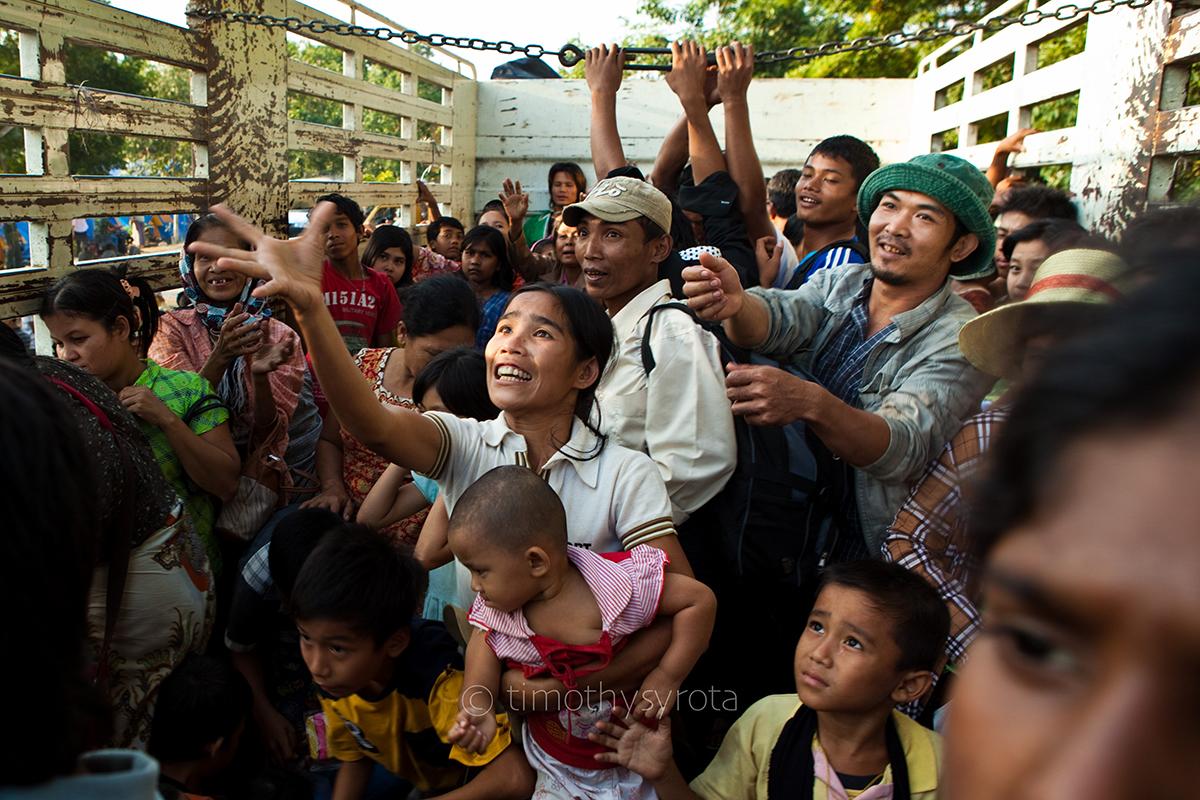 Fleeing Myawaddy-59