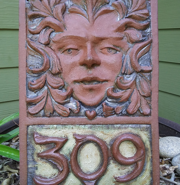 House number tile Greenman