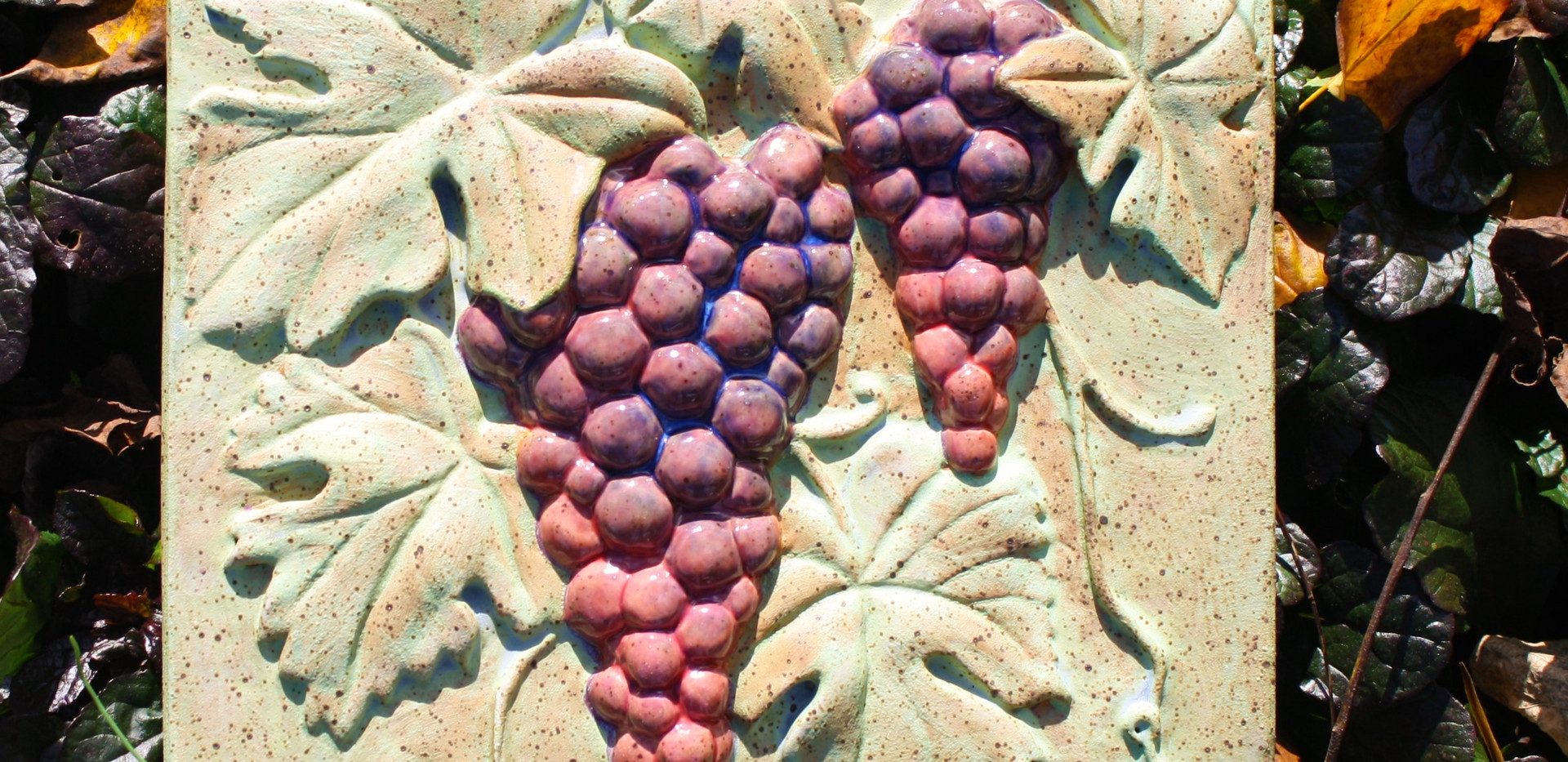 Grapes tile