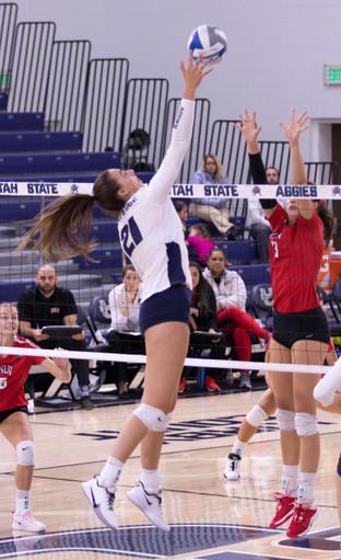 Utah State Volleyball VS University of Las Vegas