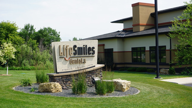 Life Smiles Dental