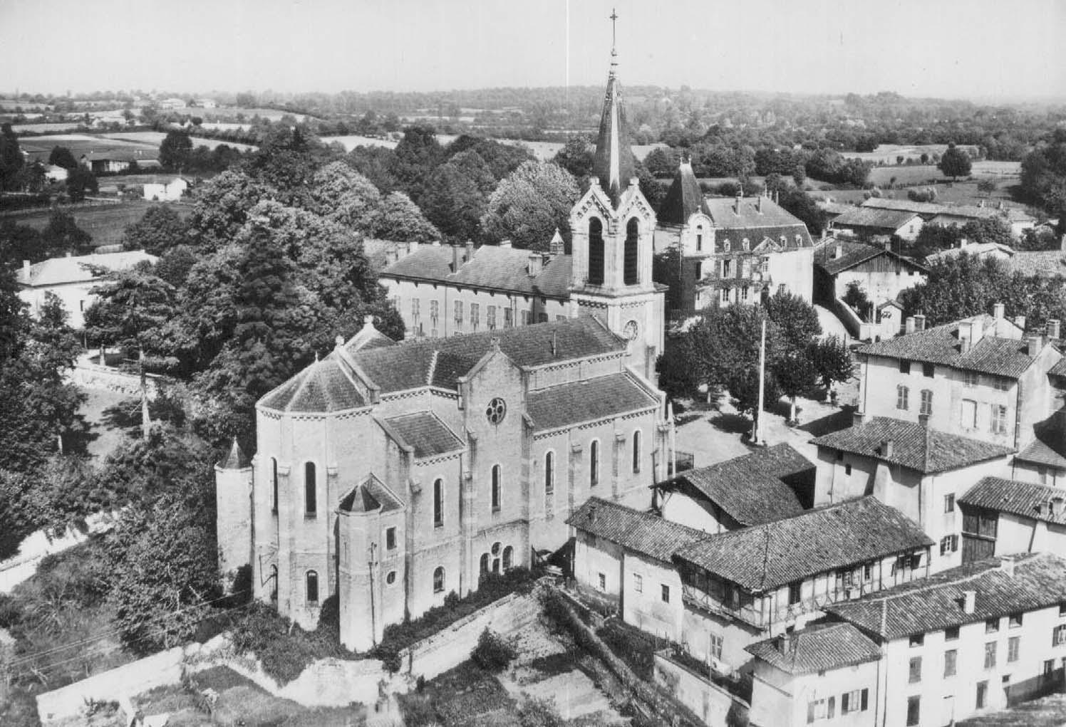 Eglise Saint-Maurice vue aérienne