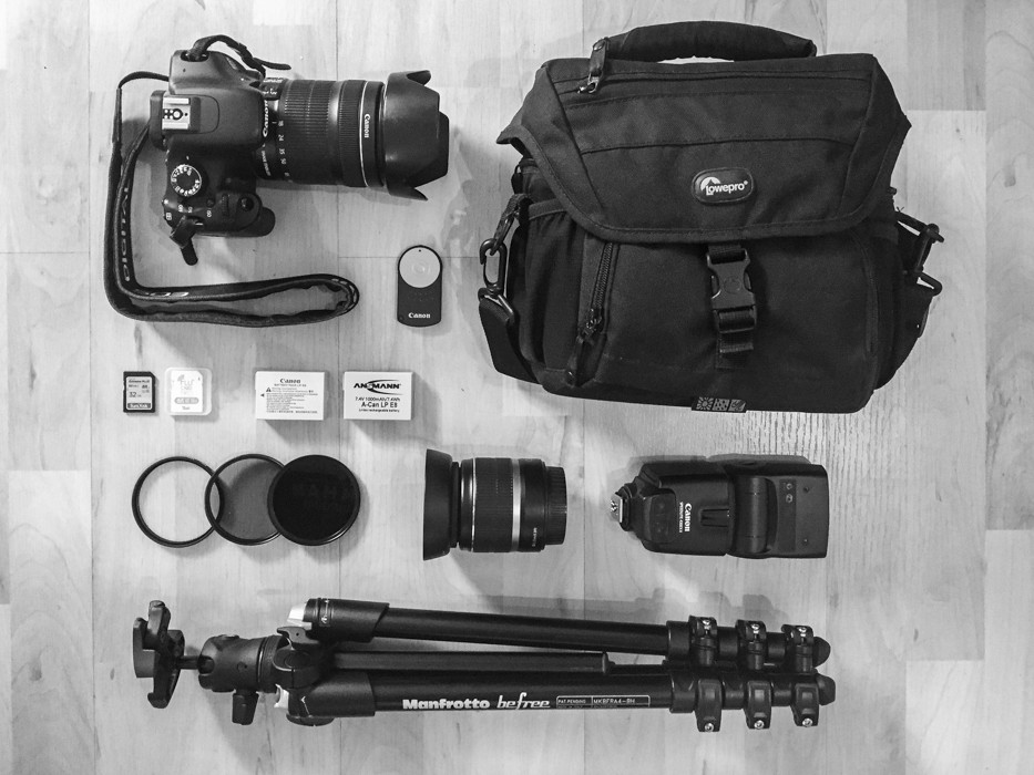 canon camera gear tripod bag speedlite lens filter