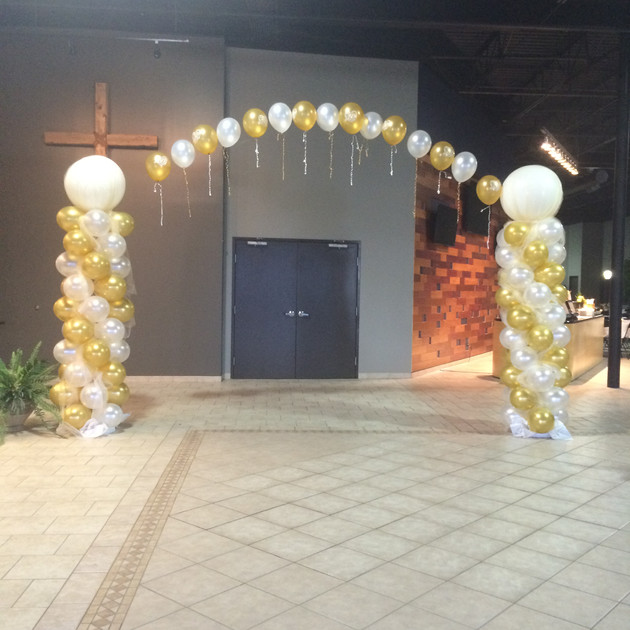 Balloon Column & Arch Entry