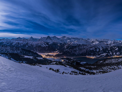 Niederhorn by night