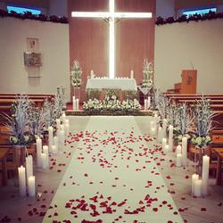 Vestuvinis dekoras bažnyčioje