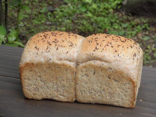 山形玄米と全粒粉パン