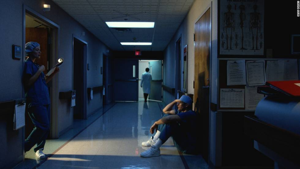 111206065841-night-shift-doctor-nurse-hospital-hallway-horizontal-large-gallery.jpg