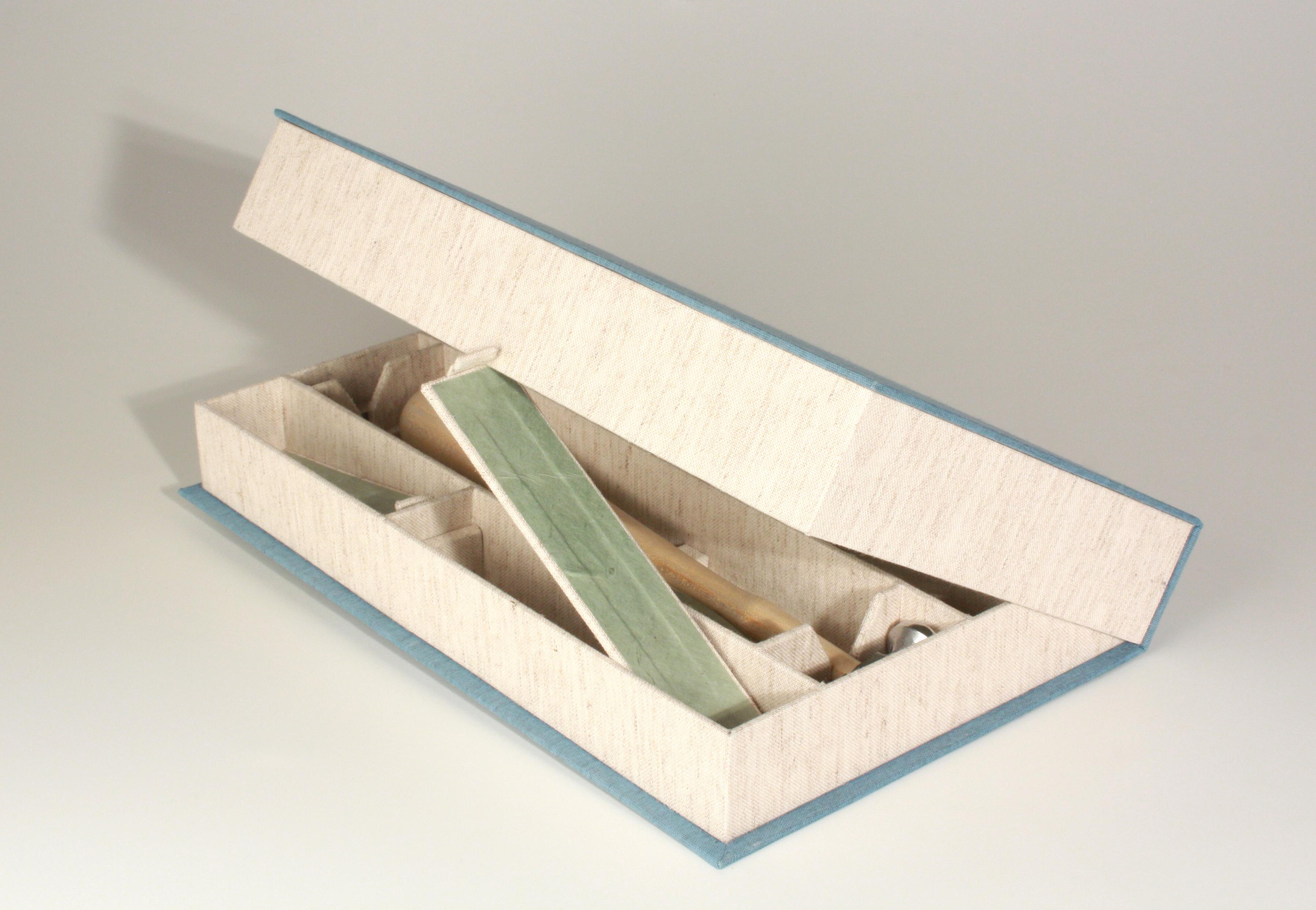 Clam-shell - Riveting Tools Box