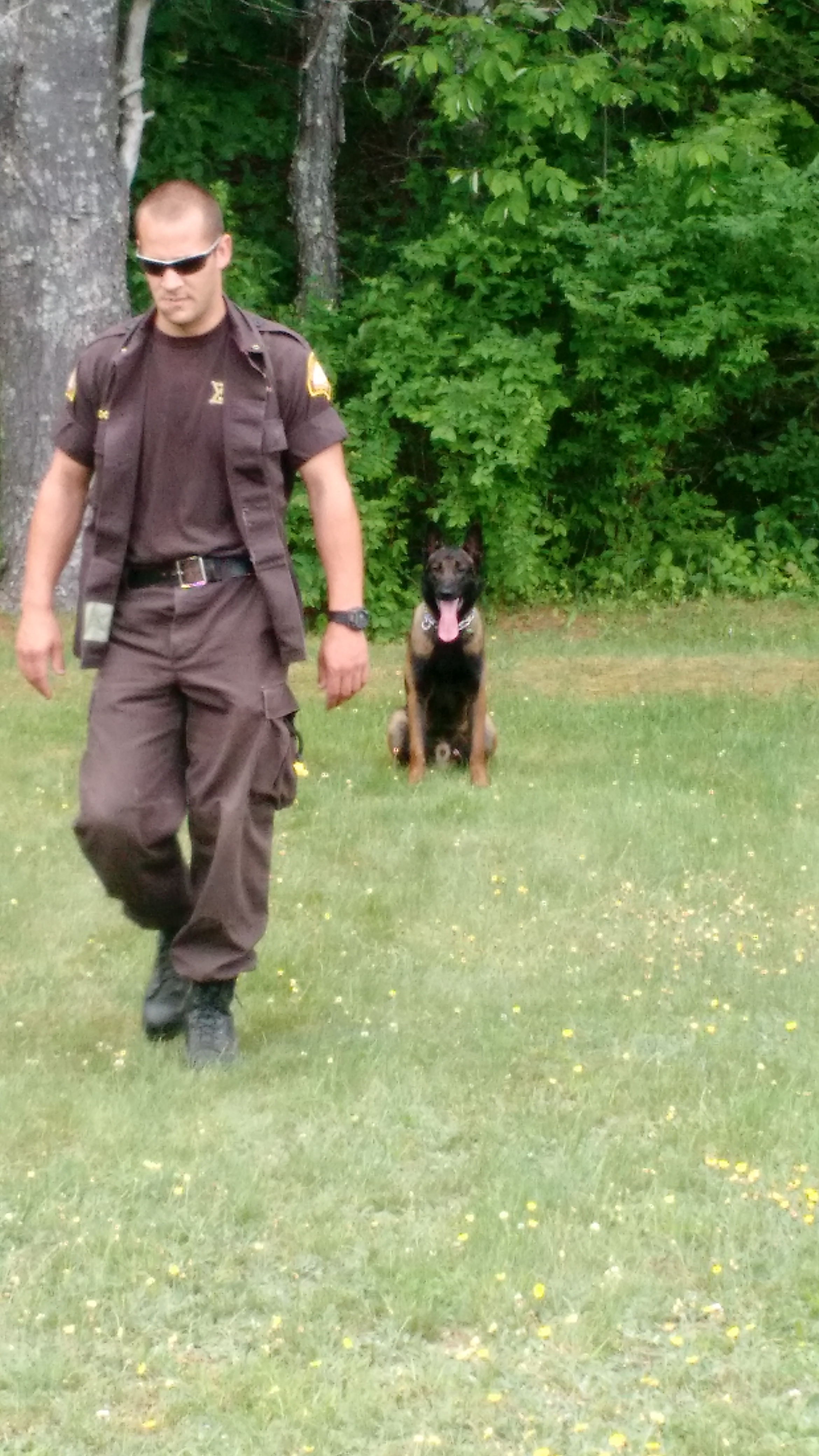 Cpl David Cole and K9 Kojo from Somerset SO