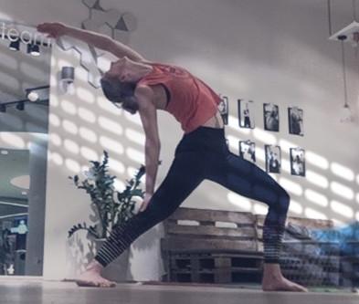 Neu: Zoom Yoga Kurse
