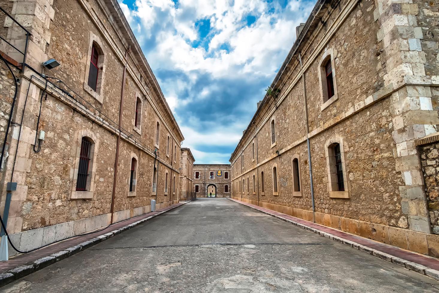 Castell de Sant Ferran (2).jpg