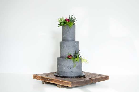 Cake Display Idea on a Wooden Cake Base