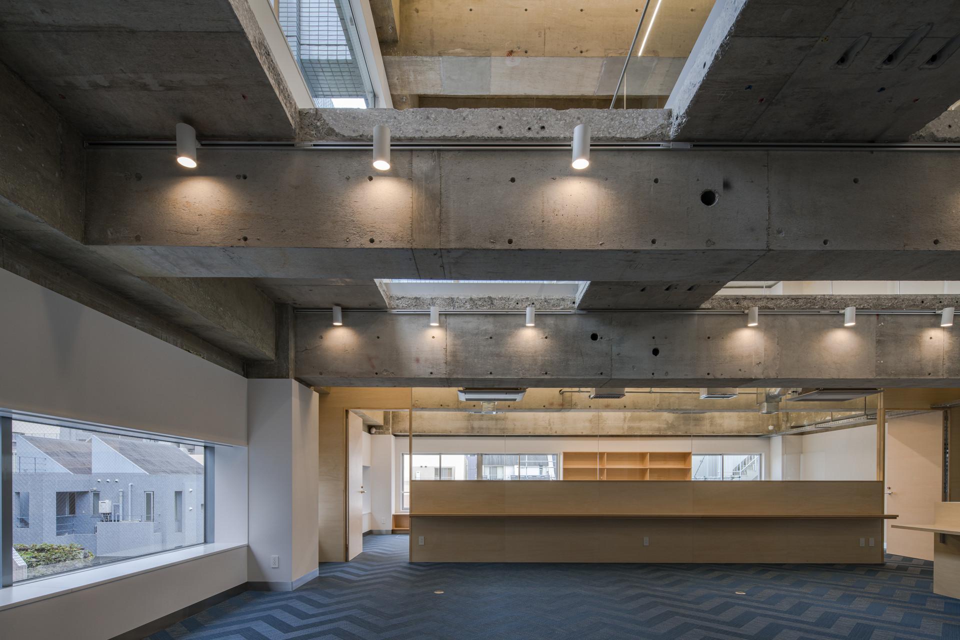 Hirakawacho-office-2.jpg
