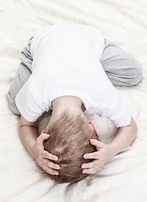 El niño se hace pis en la cama