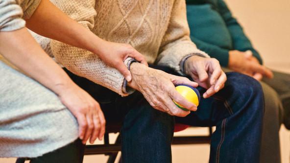 avant-elderly-supportjpg