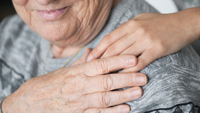 How to help loved ones with Alzheimer's: tips from the professionals